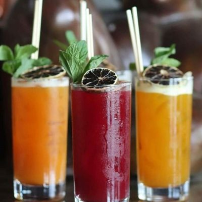 Picture of three Nunos cocktails in tall glasses